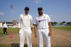 अभ्यास मैच : इंडियंस ने टॉस जीतकर पहले बल्लेबाजी का फैसला किया
