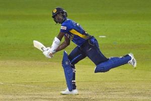कोलंबो वनडे : श्रीलंका ने भारत को दिया 276 रनों का लक्ष्य